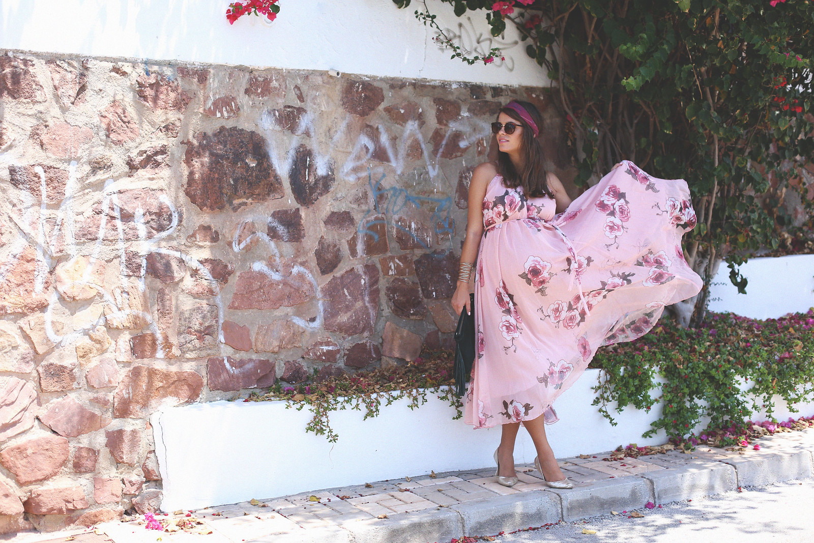 3. floral print long dress - jessie chanes - pregnancy