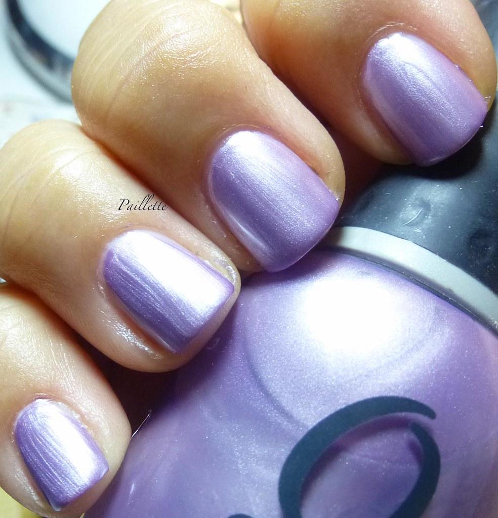 Paillette: a little nail polish journal: Orly Frosty Purple