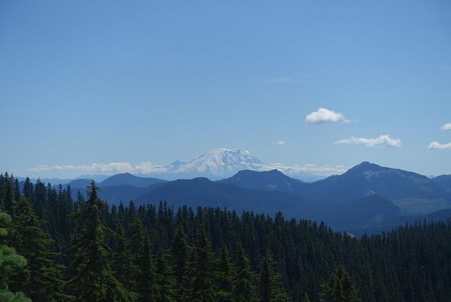 Mt Rainier is big