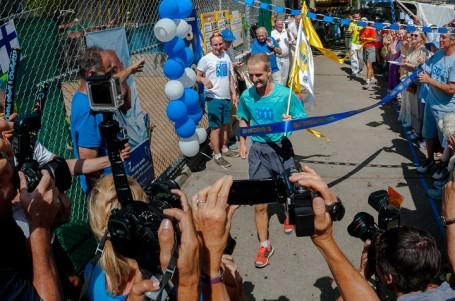 V New Yorku vrcholí klání v běhu na 3100 mil, první Čech v cíli