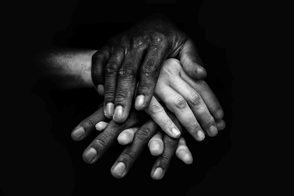 Amor En Blanco Y Negro Exposición Manos Grupo Diafragma Flickr