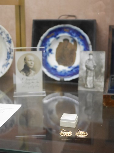 The Cufflinks of Chung Ling Soo - 1