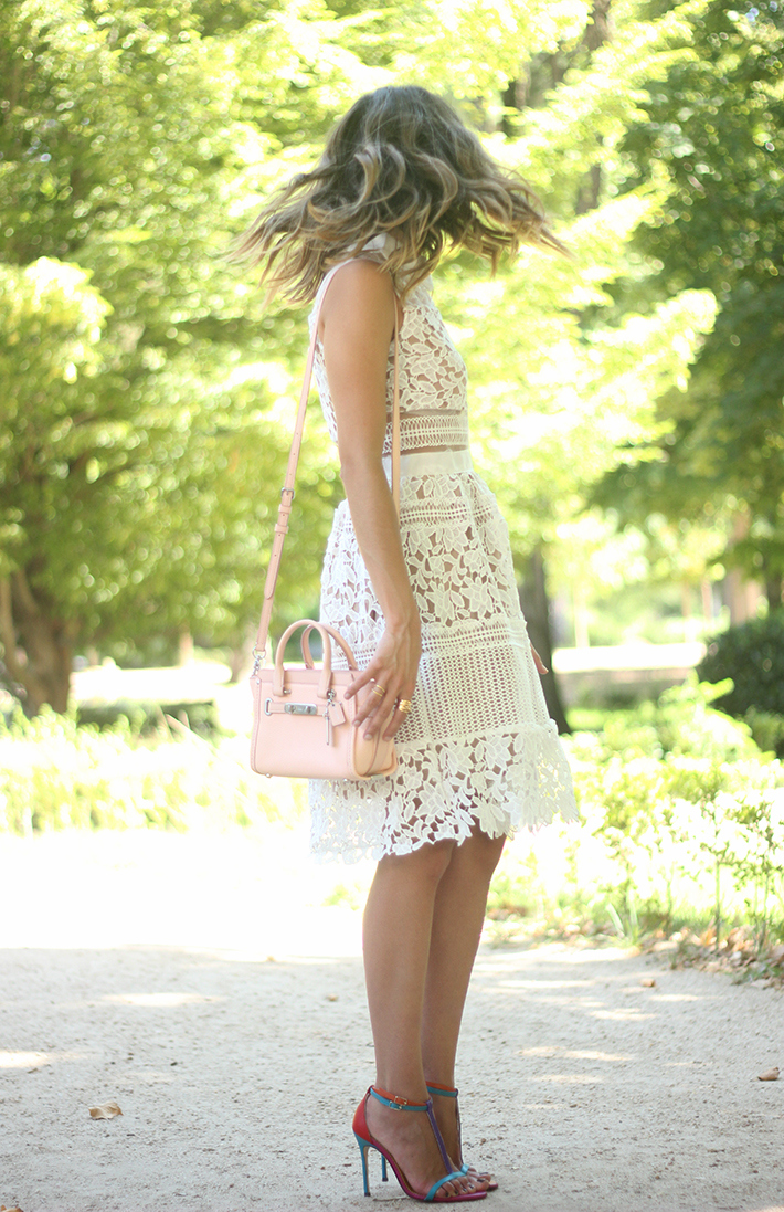 white lace dress summer outfit carolina herrera heels coach bag dior sunnies10