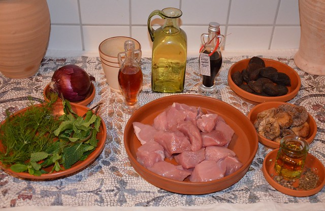 Minutal ex Praecoquis (Pork & Fruit Ragout) - recipe