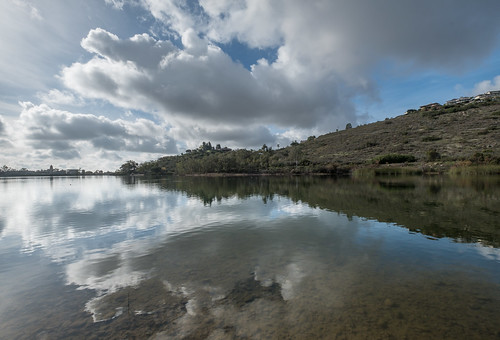 lkmrry hike reflection cloud photoouting 20170110lakemurray category lake water notripod mountain sandiego 92119 unitedstates place photographyprocedure abbreviationforplace geological event sky artwork