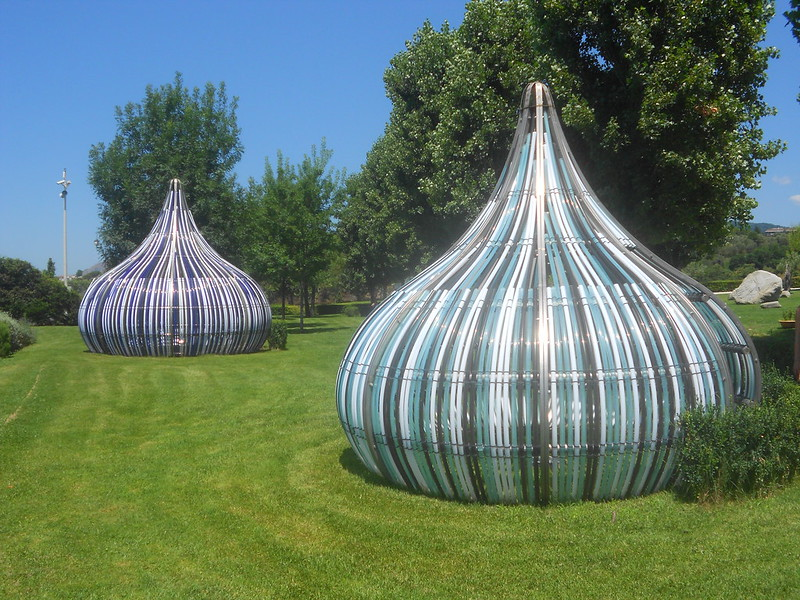 Dennis Oppenheim, Electric kisses, Parco Internazionale della Scultura, Catanzaro