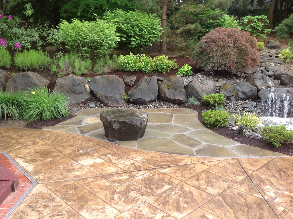 patio design installation by greenhaven landscapes inc