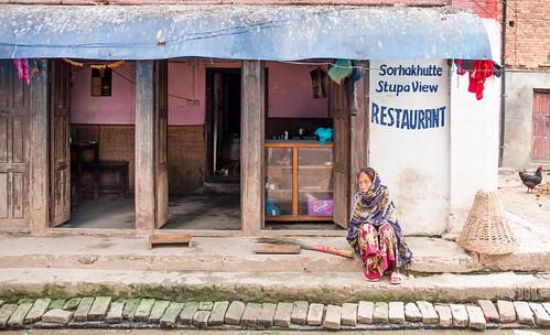 restaurant femme poule mg7553