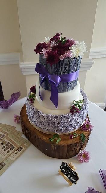 Cake by Sweet Design Studio