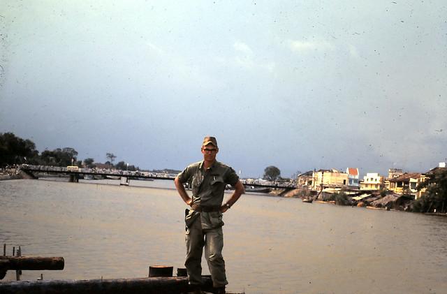 Phan Thiết 1968 - Photo by Wayland Magoon - Lt Fulfer