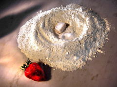 Strawberry flour