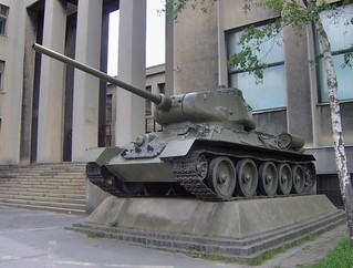 Prague: tank outside (possibly) Army Museum