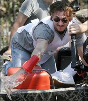 Sean Penn bails