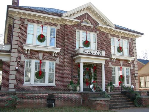 Albany historic neighborhood decatur alabama for Home builders decatur al