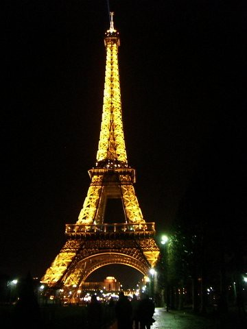 5 top places to visit while in paris 99traveltips