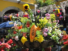 Fruit and flower fountain