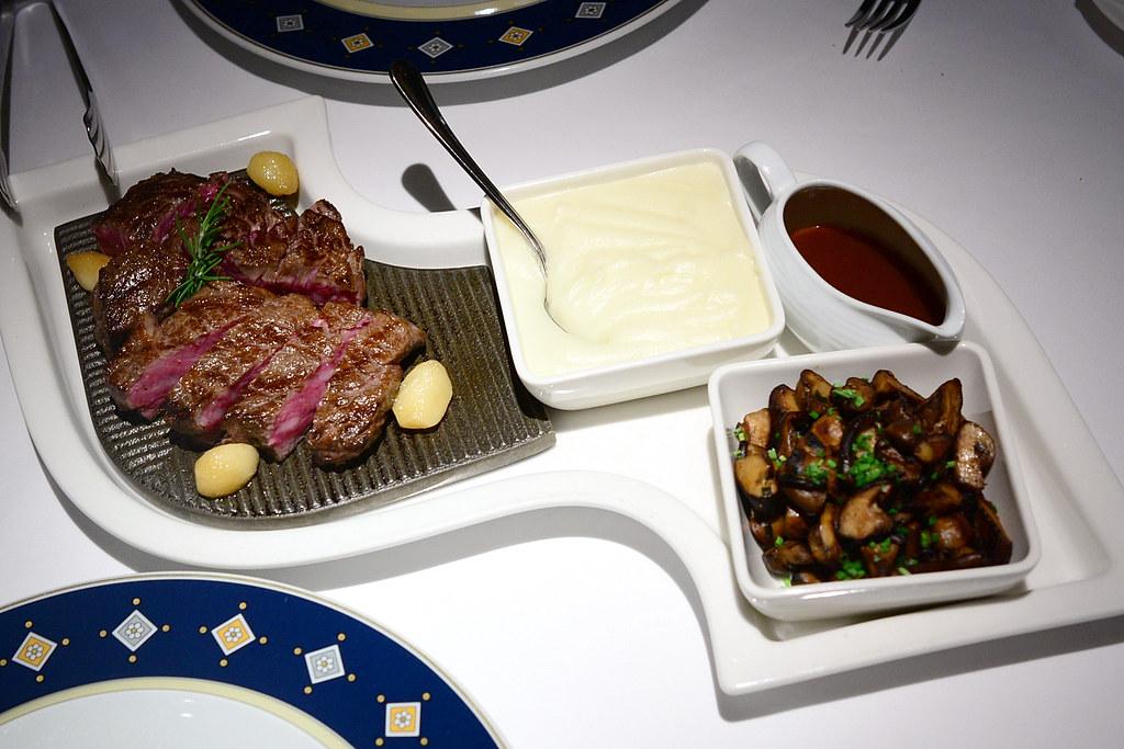 歐華酒店地中海牛排館-美國濕式熟成45天極黑神戶肋眼牛排16oz