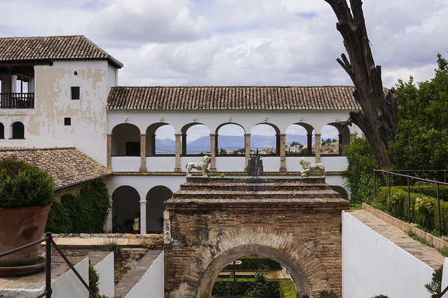 2. Alhambra