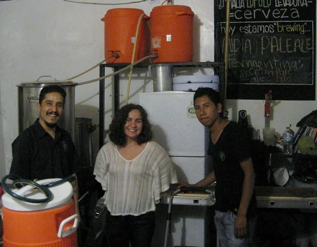 Jorge & crew brewing at La Santisima Flor de Lupulo