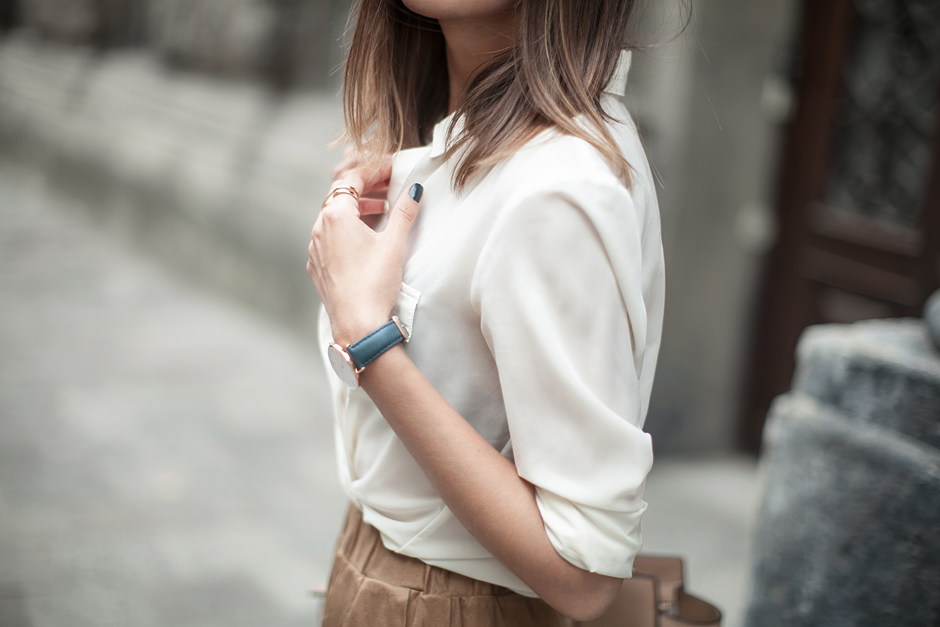 how-to-wear-a-white-shirt-fashion-blog