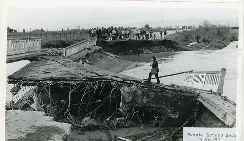 Chile 1986 - Inundaciones: Puente Estero Seco