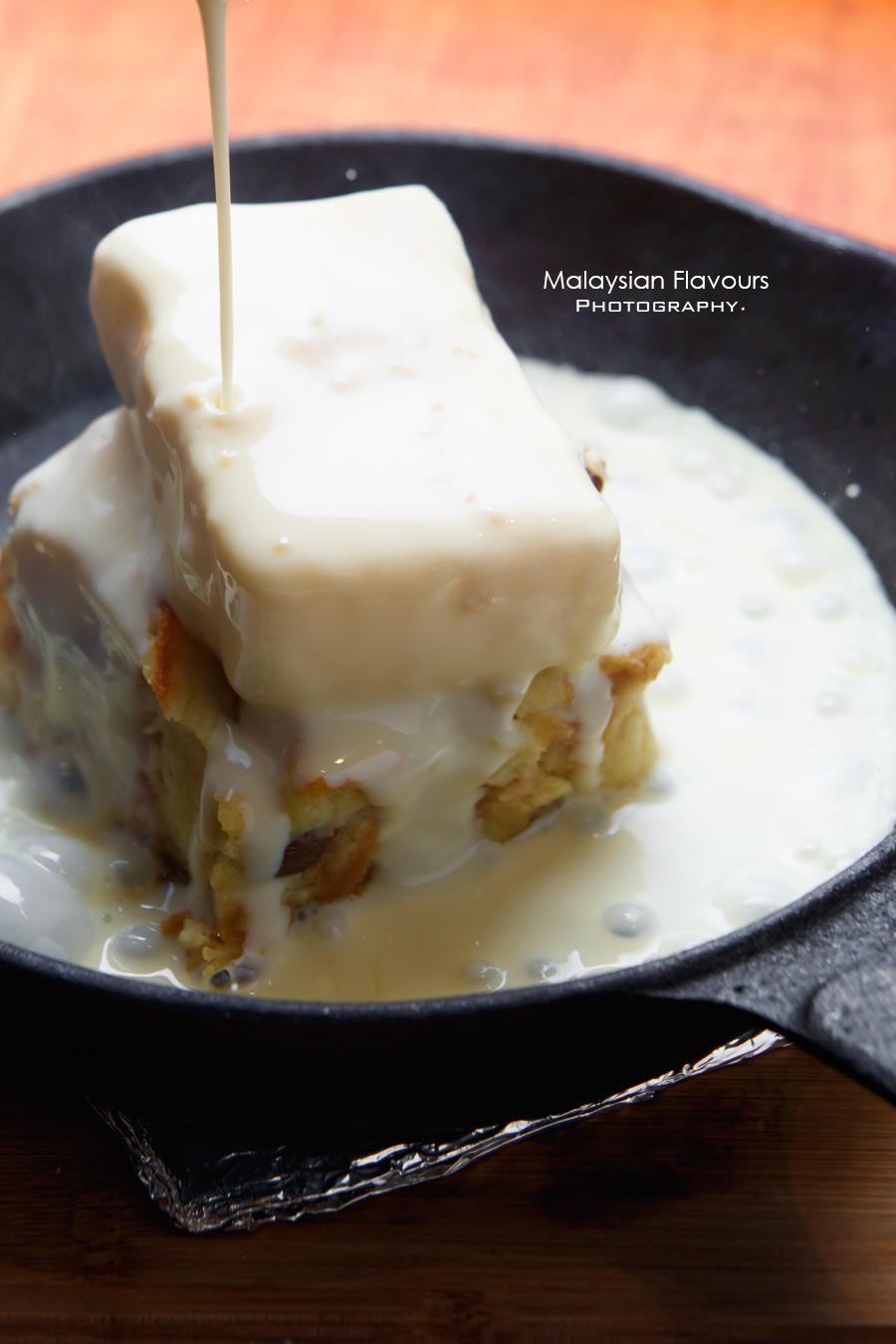 I Am 80s Cafe Taman Rasa Sayang dessert