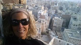 Eva Erill en la ciudad vieja de Sana'a (Yemen)