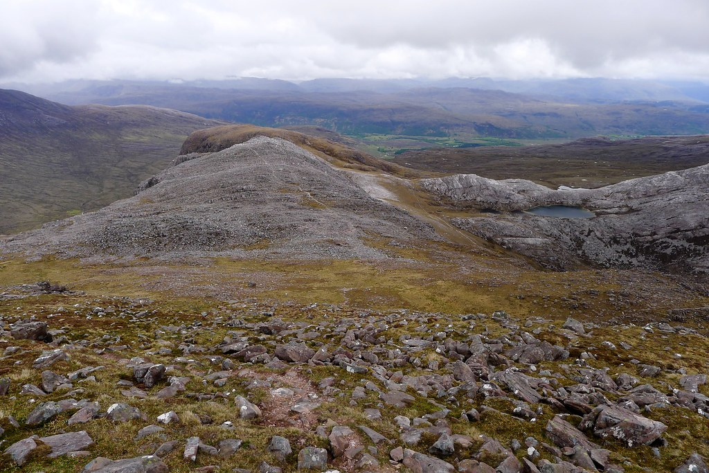 The east ridge of Maol Chean-dearg
