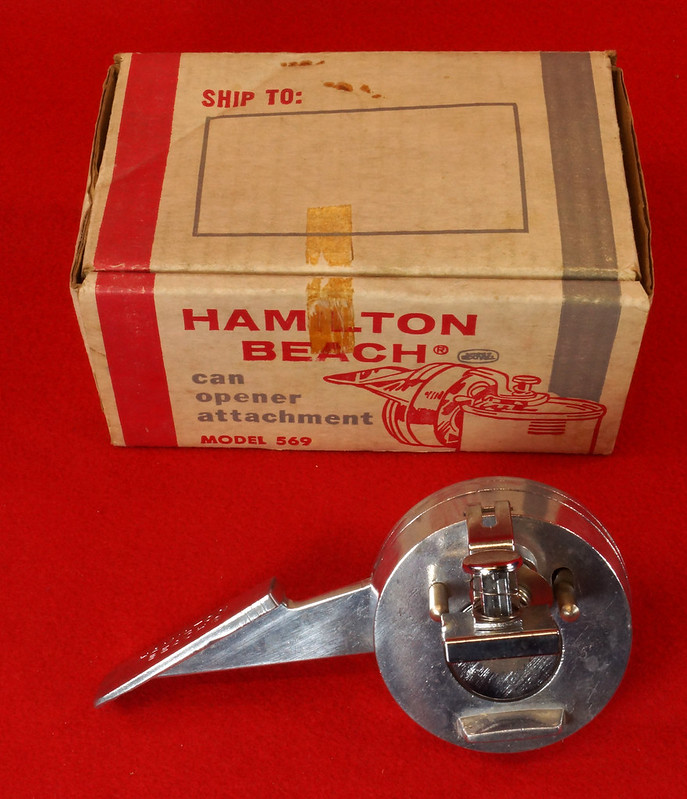 RD9229 Vintage Hamilton Beach Can Opener Attachment 569 for Power Unit in Original Box DSC08545