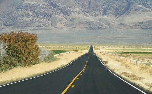 california road usa highway boundary surprisevalley