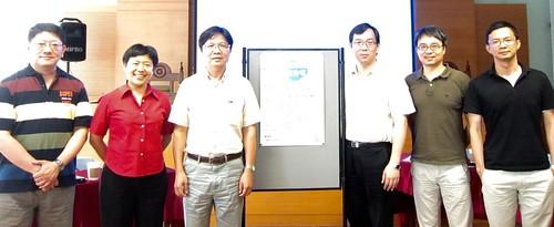 左起:高仁川、施文真、葉俊榮、許耀明、汪信君、林春元。圖片提供:李彥麟。
