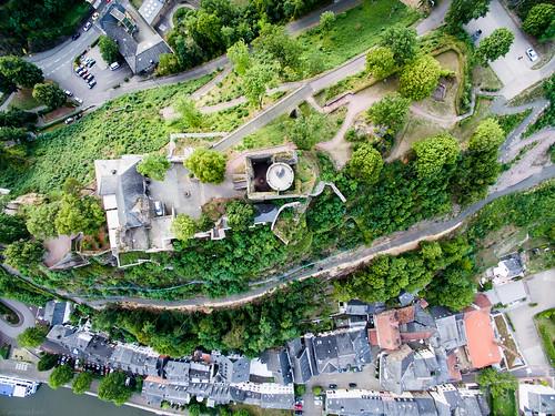 building castle architecture germany de deutschland kultur culture aerialview architektur aerialphoto gebäude burg rheinlandpfalz luftaufnahme historicbuilding saarburg historischesgebäude