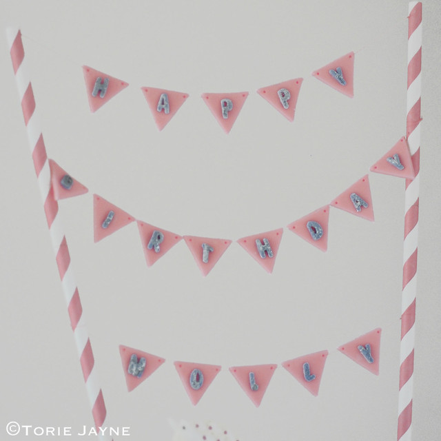 Fondant bunting with sugar letters