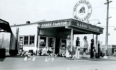Harry Taintor station, 3905 Leary Way, Seattle, 1937
