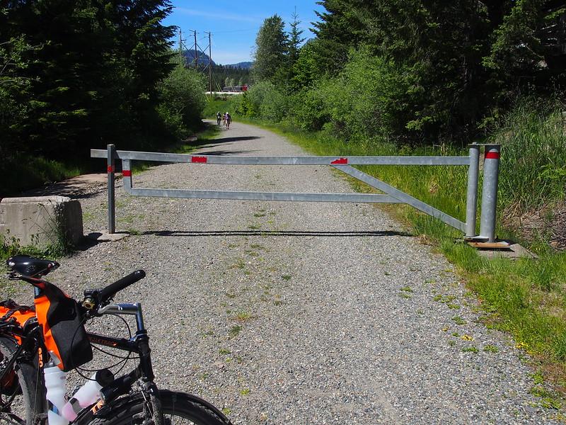 John Wayne Pioneer Trail: I hate gates.