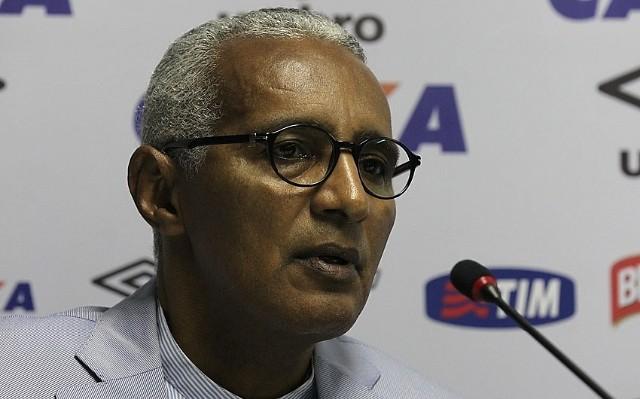 Demitido ap�s pouco de um m�s, Isa�as Tinoco divulga mensagem de despedida