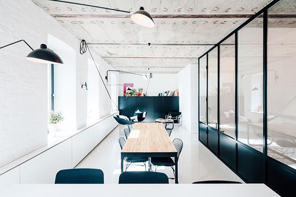 A Minimalist Apartment on Leningradsky Prospekt