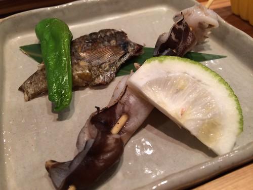 焼きとり串かぼす塩で&あぶってかも 三井の寿の会@田酔