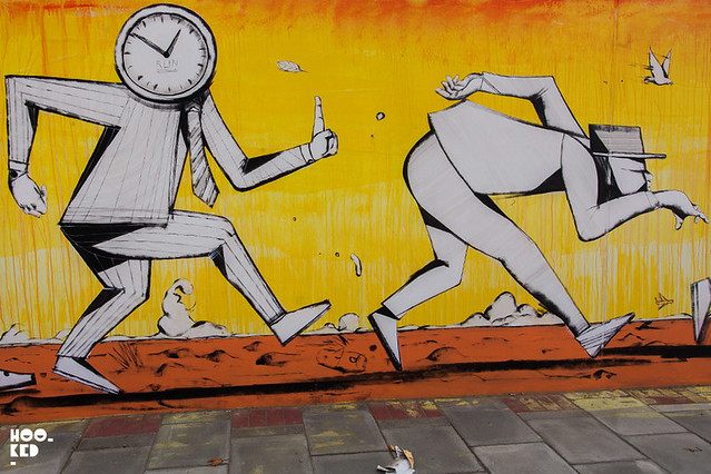RUN MURAL IN E16, LONDON