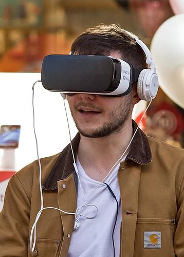 Smile, it's mobile virtual reality