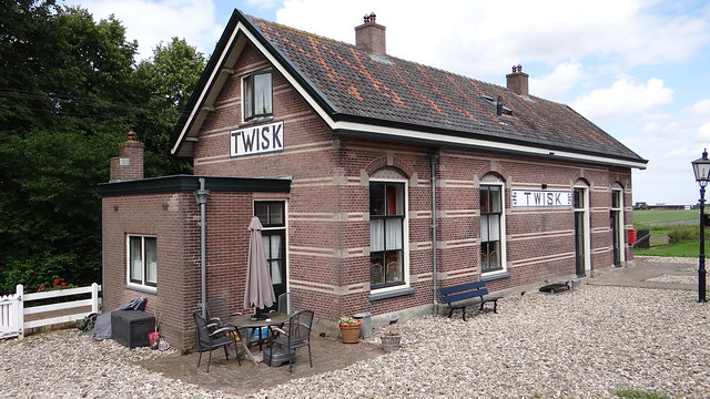 Twisk, SHM station