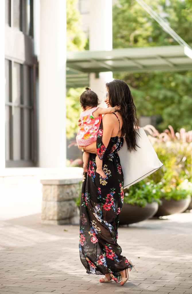 cute & little blog | petite fashion | black floral off-shoulder maxi dress, white tote | summer outfit