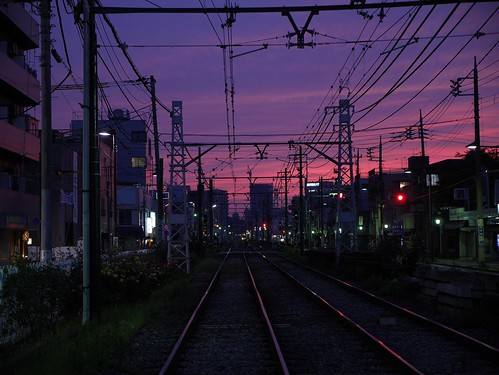 street sunset urban clouds four tokyo cloudy photos tracks panasonic micro 日本 東京 unlimited 夕日 arakawa thirds 都電 鉄道 荒川 nishiogu gx7 西尾久