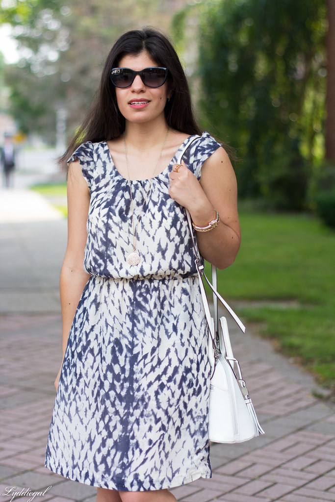 snake print dress, white bag, white sandals-3.jpg
