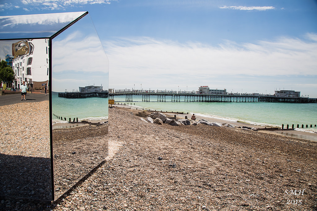 Glass Beach Hut Worthing Pier