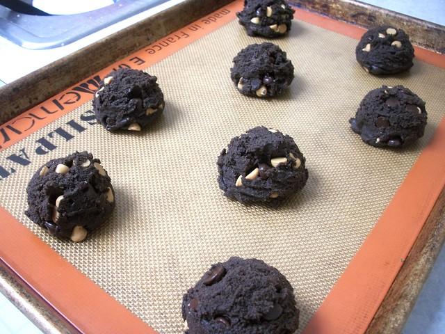 pb chocolate cookies 12
