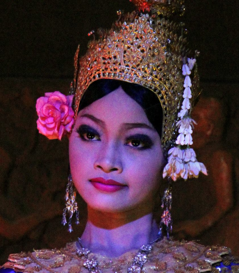 Apsara dancers were premiered by Khmer princess