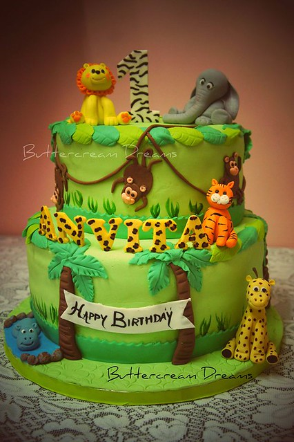 Cake by Buttercream Dreams