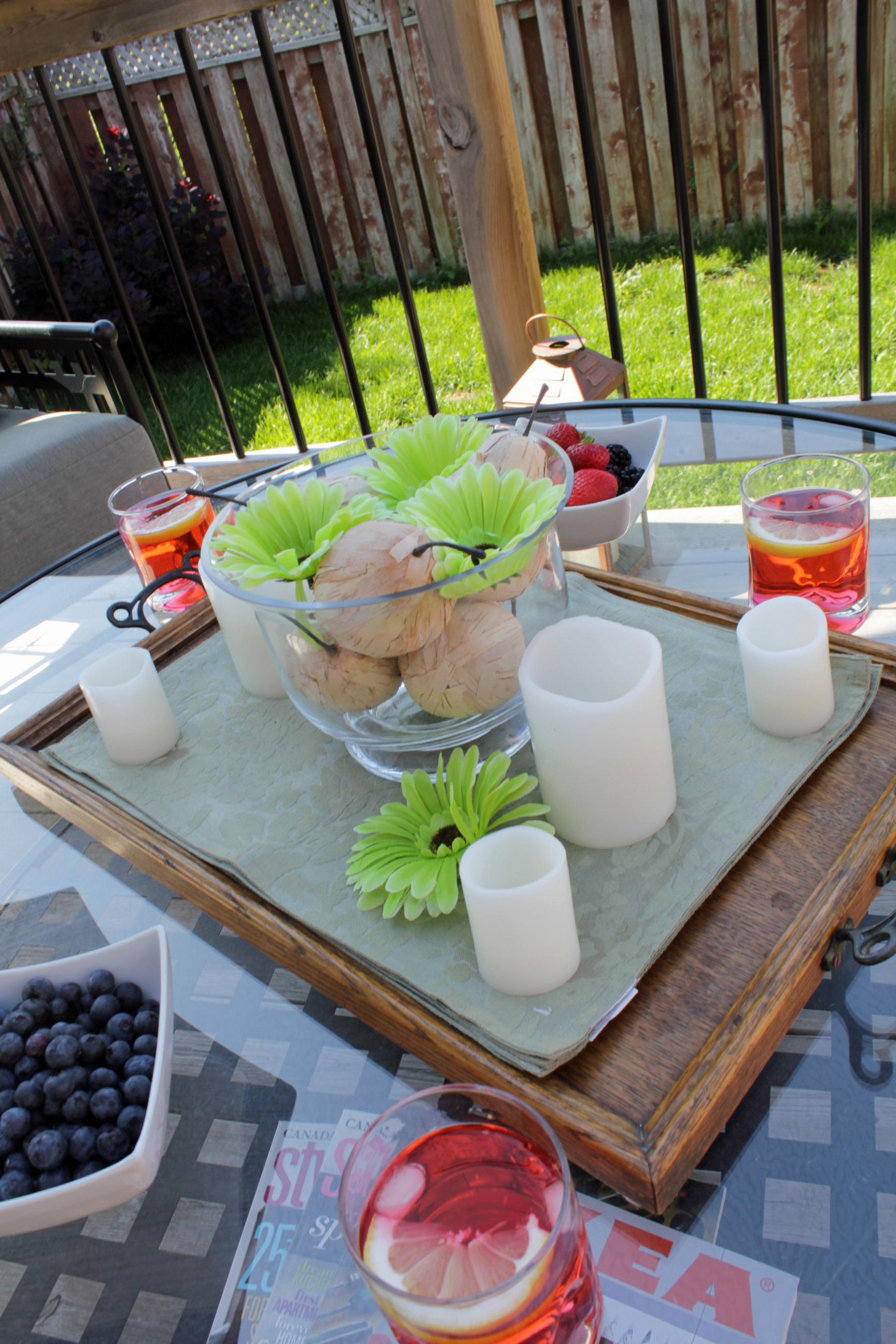 Hampton Bay Lynnfield patio set glass table