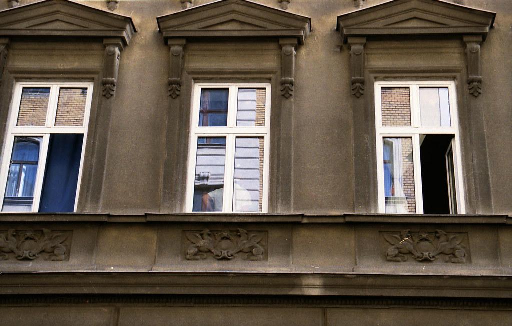 Fassade-Analog-Wien_2